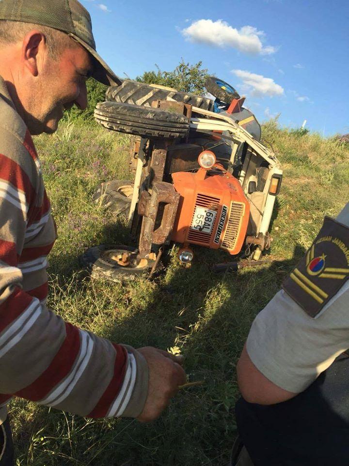 Ortaköy'de traktör devrildi: 1 Yaralı