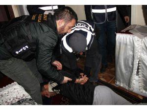 Ortaköy'de 250 Polisle Huzur Operasyonu: 15 Gözaltı