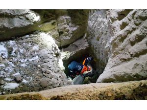 Aksaray'da 8 Metrelik Kuyuda Eşek Kurtarma Operasyonu