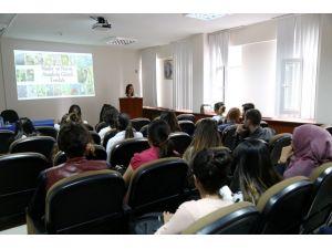 ASÜ'de Felsefe Toplantısı Yapıldı