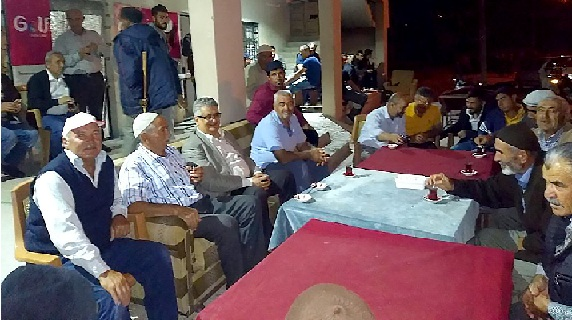 Vali Pekmez Akhisar Köyünü ziyaret etti