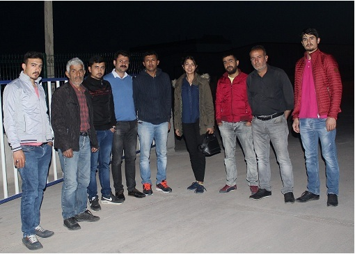 CHP Adayları Ali Abbas Ertürk ve Pelinsu YıldırımEmekçilerle Sahur Yaptı