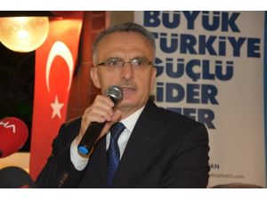 Maliye Bakanı Ağbal, esnaf ve iş adamları ile buluştu