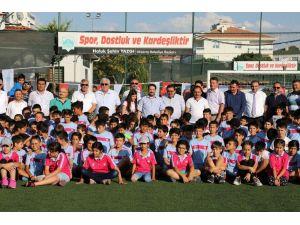 Aksaray Belediyesi yaz spor okulları törenle açıldı