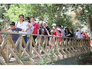 Aksaray turistlerin uğrak yeri oldu