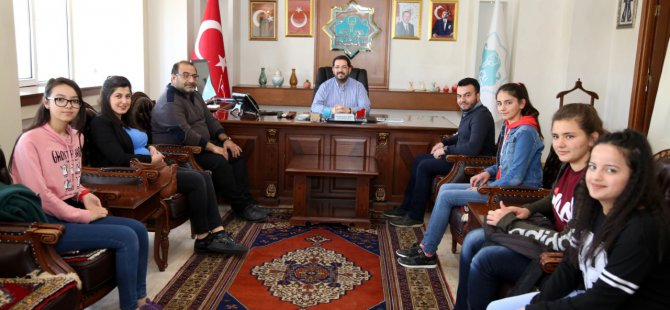 Yenikent Anadolu Lisesi heyetinden Başkan Yazgı'ya ziyaret