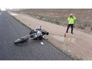 Aksaray'da motosiklet devrildi: 1 yaralı