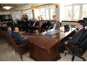 AK Parti teşkilatından Başkan Dinçer'e hayırlı olsun ziyareti
