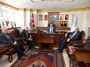 Avukatlardan Başkan Dinçer'e hayırlı olsun ziyareti