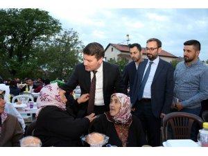 Aksaray Belediyesinin ilk iftarında 2 bin kişi bir araya geldi