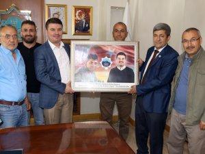 Aksaray Dernekler Federasyon Başkanı Başkan Dinçer'i ziyaret etti