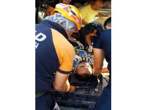 Aksaray'da minibüs ile hafriyat kamyonu çarpıştı: 1 ölü