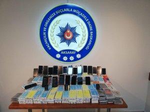 Aksaray ve İstanbul'da kaçak cep telefonu operasyonu: 2 tutuklama