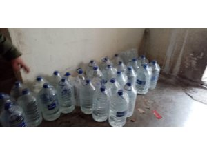 Aksaray'da 222 litre sahte içki ele geçirildi