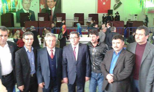 Ak Parti Aksaray'da temayül yoklaması yapıldı