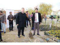 Aksaray'da Çiftçilere 7 Bin 80 Adet Meyve Fidanı Dağıtıldı