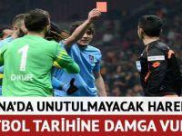 TS'li Salih Dursun'un hakeme kırmızı kartı dünya basınında