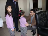 Eşmekaya İlkokulu Öğrencilerinden Kaymakamı İlhan'a Ziyaret