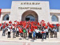 Aksaray'da borsa esnafından darbe girişimine tepki