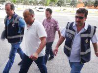 Emniyet şube müdürü ve komiser yardımcısı tutuklandı