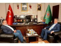 Vali Pekmez'den Ziraat Odası Başkanı Koçak'a ziyaret