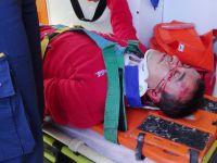 TIR'ın çarptığı yaya ağır yaralandı