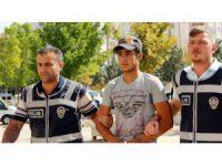 Suriyeli telefon dolandırıcısı suçüstü yakalandı
