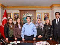 Fen Lisesi Öğretmen ve Öğrencileri Başkan Yazgı'ya Ziyaret