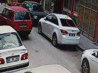 Aksaray'da Otomobilden Çanta Hırsızlığı