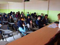 """Aksaray'da Sağlık Öğrencilerine """"LYS"""" Bilgilendirme Sunumu Yapıldı"""