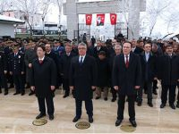 Şehitleri Anma Günü ve Çanakkale Deniz Zaferi coşkuyla kutlandı