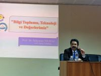 Prof. Yılmaz'dan Yozgat Bilişim Etkinliklerinde Konferans