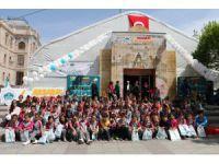 Aksaray'daki 1. Kitap Günlerine Öğrencilerden Yoğun İlgi