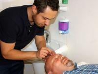 Aksaray'da akupunktura yoğun ilgi
