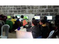 Aksaray Belediyesinin Algoritma Robotik Kodlama Kursu İlgi Görüyor