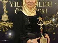 Yaşam Koçu Nuran Zincircioglu Acun Medya Ödülünü Aldı