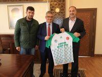 Eşmekaya Belediye Gençlik Spor Kulübünden Vali Aykut Pekmez'e ziyaret