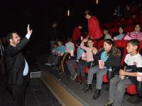 Aksaray Belediyesi'nden çocuklara sinema keyfi
