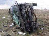 Aksaray'da Çarpışan Otomobillerin Görüntüleri Güvenlik Kamerasında