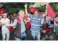 Aksaray'da seçim kutlamaları