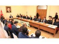 Aksaray'da kış şartları ve karla mücadele toplantısı yapıldı