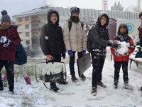 Aksaray'da ulaşıma kar engeli, Perşembe okullar tatil