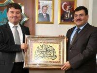 Kulaklıoğlu'undan yeni Başkan Evren Dinçer'e hayırlı olsun ziyareti