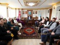Ak Parti Gençlik Kollarından Başkan Dinçer'e hayırlı olsun ziyareti