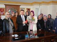 Aksaray Engelli Anneleri Derneği Başkan Dinçer'i ziyaret etti