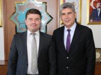 Aksaray Üniversitesi Rektör Adayı Prof. Dr. Ünal Akdağ Başkan Evren Dinçer'i ziyaret etti