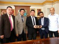 Aksaray Radyocular ve Televizyoncular Derneği yönetiminden Dinçer'e ziyaret