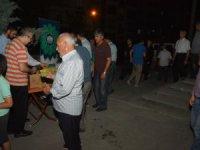 Aksaray Belediyesinden teravih namazı sonrası içecek ikramı