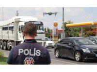 Yüzlerce metre ötedeki trafik kural ihlalleri drone ile tespit ediliyor