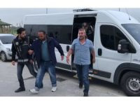 Aksaray'daki silah çetesi operasyonunda 1'i muhtar 5 tutuklama